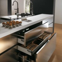2015 The base cabinets of this contemporary steel kitchen design use steel Görselleri